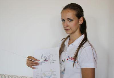 Stresovou inkontinenci léčí na  POLIKLINICE AGEL Ostrava speciálním cvičením pánevního dna